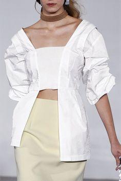 Source by sabina__svensso blouses 2019 Weird Fashion, Black Girl Fashion, High Fashion, Fashion Details, Fashion Design, Runway Fashion, Fashion Trends, Minimal Fashion, Classy Outfits
