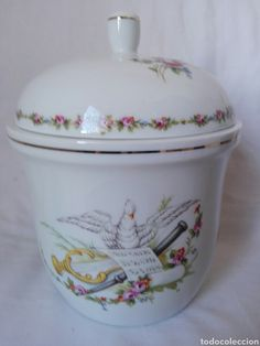 Bella, Jar, Home Decor, Tea Sets, Sheet Music, Nativity Scenes, Porcelain Ceramics, Musica, Flowers