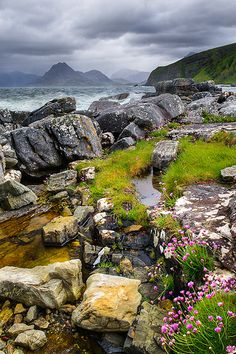 Elgol Green, Elgol, Isle of Skye, the Highlands, Scotland Places To Travel, Places To See, Travel Destinations, Photos Voyages, All Nature, Amazing Nature, England And Scotland, Scotland Travel, Scotland Top
