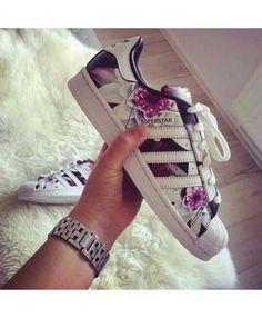 best service e6695 e8f4c Adidas Superstar Junior Zalando Floral Shoes Addidas Superstar Shoes, Shoes  Addidas, Sneakers Adidas,