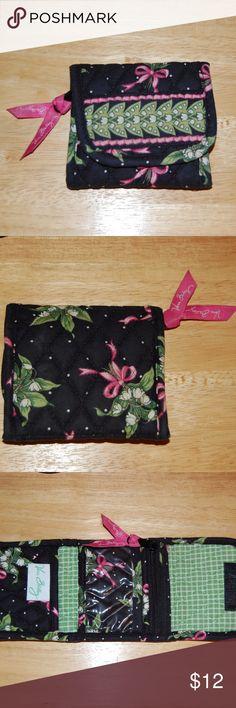 Vera Bradley Tri-Fold Wallet Super Cute Wallet...pre-loved nice condition Vera Bradley Bags Wallets