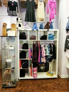 Rolling Expedit clothes display #home #storage