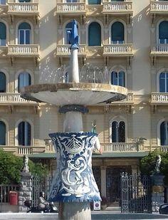 """""""Grand Hotel Royal"""", 1925, progetto del dott. ing.-arch. Alfredo Belluomini, Viale Carducci, Viareggio."""