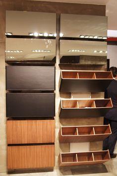 design home app Folding Furniture, Space Saving Furniture, Home Decor Furniture, Furniture Design, Wall Shoe Rack, Shoe Rack Closet, Shoe Storage Cupboard, Shoe Cabinet Design, Rack Design