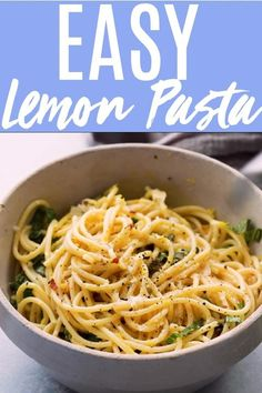 Lemon Pasta is deliciously tangy and creamy plus it comes together in under 15 minutes! Its a quick and easy dinner thats sure to be a crowd pleaser. Pasta With Lemon Sauce, Lemon Garlic Pasta, Easy Pasta Sauce, Pasta Sauce Recipes, Chicken Pasta Recipes, Easy Pasta Recipes, Simple Sauce For Pasta, Pasta Sauce Without Tomatoes, Simple Spaghetti Recipe