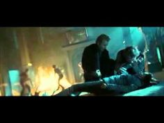 12. Crepúsculo - Edward salva a Bella de James - YouTubemichely