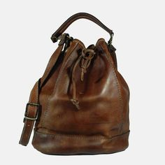 sac-a-main-type-sac-seau-en-cuir-brun-vintage.jpg (800×800)