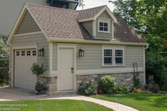 Exterior House Siding Colors Vinyls Stone Veneer 21 Ideas For 2019 Exterior House Siding, Exterior House Colors, Exterior Design, Exterior Paint, Building Exterior, House Exteriors, Exterior Windows, Exterior Signage, Exterior Cladding
