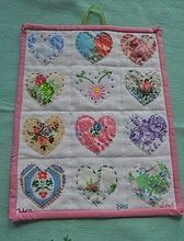 Vintage Heart Sampler, so sweet -would make a really cute doll quilt. Small Quilts, Mini Quilts, Baby Quilts, Heart Quilts, Memory Quilts, Quilting Projects, Quilting Designs, Quilting 101, Patchwork Quilting