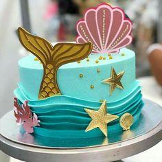 64 New Ideas Cupcakes Birthday Cake Girls Little Mermaids – Food – Cute cupcakes! Little Mermaid Cakes, Mermaid Birthday Cakes, Cupcake Birthday Cake, Birthday Cake Girls, Birthday Ideas, Birthday Board, Fondant Cupcakes, Fun Cupcakes, Cupcake Cakes