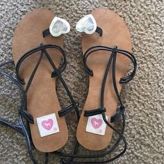$50 on Ⓜ️! PINK! Sandals Hard to find! Brand new! M(7/8) NO TRADES PINK Victoria's Secret Shoes Sandals