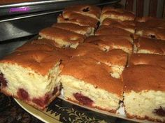 See related links to what you are looking for. Romanian Desserts, Romanian Food, Cake Recipes, Dessert Recipes, Recipe R, Food Cakes, Queso, Just Desserts, I Foods