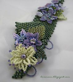 Miriam's Garden an ode to Miriam Haskell from Lois Moon.  Techniques from Carol Horn's article in Bead and Button, Dec 2011.  #Seed #Bead #Tutorial