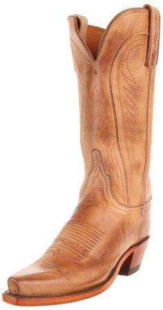 Love the idea of cowboy boots for the bridesmaids to wear on your wedding day.
