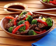 This hearty beef and broccoli dish has that Asian flavor everyone loves and is one that will satisfy even your most picky eater.  http://stalkerville.net/ #paleo