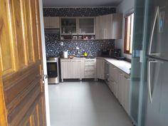Nosso cliente Gabriel Santos aplicou papel de parede na cozinha e ficou lindo demais, não acham??