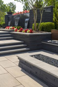 Looking for a modern garden and retaining wall for your outdoor space? Check out the Graphix wall for a high-impact look. Modern Landscape Design, Modern Landscaping, Front Yard Landscaping, Landscaping Design, Modern Backyard Design, Backyard Retaining Walls, Backyard Patio, Retaining Wall Design, Concrete Patio