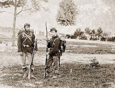 Union Soldiers from the NY state militia near Harpers Ferry, VA Us History, American History, Harpers Ferry, America Civil War, Civil War Photos, Historical Pictures, Civilization, Virginia, Civil Wars