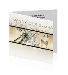 Chique zakelijke kerstkaart met champagne. Aan de binnenkant van deze kaart is ruimte gereserveerd voor uw logo.