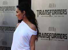 "Megan Fox Photos: Premiere Of DreamWorks ""Transformers: Revenge Of The Fallen"" - Arrivals"