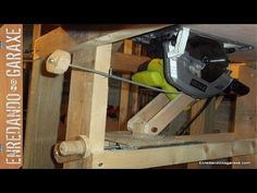 Sistema elevación para sierra de mesa. Homemade table saw lift - YouTube