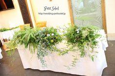 グリーンだけの装花 メインテーブル