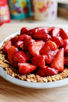 Ree Drummond's Pretzel Strawberry Pie