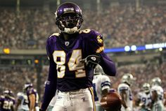 You Will Never Believe These Bizarre Truth Behind Randy Moss Randy Moss Vikings, Real Vikings, Minnesota Vikings, Best Football Team, National Football League, Football Players, Football Helmets, Chris Buescher, Lawrence Taylor
