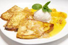 Las Crepas Suzette son un postre típico Francés. Van flameadas y acompañadas con una salsa de licor de naranja. Se pueden servir con supremas de naranja o con helado de vainilla.