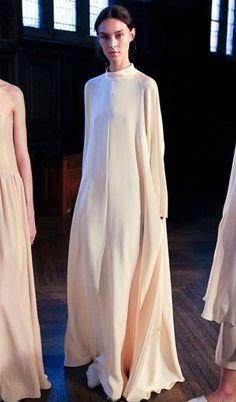 Ryan roche ready to wear spring summer 2016 new york 5625 1441991009 thumb Live Fashion, Fashion Wear, Couture Fashion, Hijab Fashion, Runway Fashion, Fashion Show, Womens Fashion, Fashion Design, Minimal Fashion