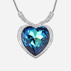 Mother's Jewelry - Beautiful Austria Crystal Heart shaped Pendant