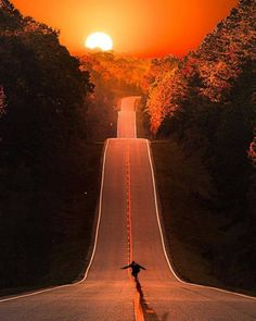If not for the skate boarder it would be an awesome shot. Did you not see the skateboarder? Nature Pictures, Cool Pictures, Amazing Photography, Nature Photography, School Photography, Photography Classes, Camera Photography, Wanderlust Hotel, Skateboard Pictures