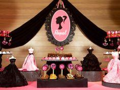 Kit Decoração inspirado na Barbie - mande o nome da sua boneca aniversariante que a gente faz um lindo quadro personalizado e manda junto com o kit!
