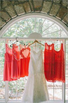 coral bridesmaid dresses | mismatched bridesmaids dresses | strapless wedding dress | #weddingchicks