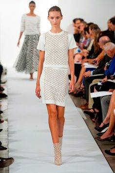 Oscar De La Renta SS14 at New York Fashion Week 2013