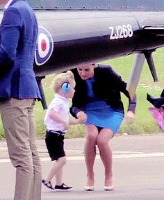 """katemiddletons: """" Prince George wants to be picked up right this very second, peasant! """""""
