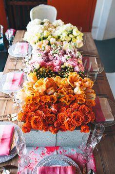 orange,gerber-daisy, ombre, ranunculus, centerpiece, tulip rose