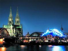 """Das sind die Highlights im Musical Dome Köln: Von """"CATS"""" bis zu """"Die Schöne und… #Featured #Freizeit_Kultur #Aufführung #Bilder #Bodyguard"""