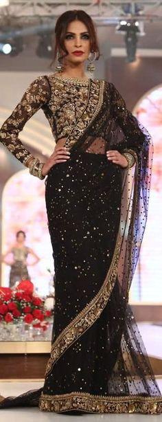 PinterestPinterest@Revathy Bose|| Six yard- The Saree ❤•。*゚|| Saree with golden details