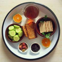 Was für ein wunderschönes Frühstücks-Ensemle bei Swannis erstem Vegan Wednesday