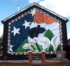 24 Belfast Murals You Need to See Northern Ireland has a complicated political history. We explore the murals throughout Belfast that celebrate this past. Belfast Sink Planter, Belfast Sink Garden, Belfast Castle, Belfast City, Belfast Pubs, Northern Ireland Troubles, Belfast Northern Ireland, Ireland Vacation, Ireland Travel