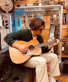 Adam's Apple, Guitar Store, Normal Guys, Harry Edward Styles, White Man, Vintage Looks, Husband, Boys, Collection