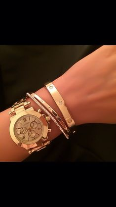 Cartier Armband Cartier Bracelet Cartier Armband Source by zternest Jewelry Cartier Armband, Bracelet Cartier, Cartier Jewelry, Bracelet Watch, Women Accessories, Jewelry Accessories, Fashion Accessories, Jewelry Design, Fashion Jewelry