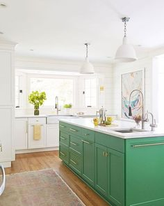 Green Kitchen Cabinets– Green is actually absolutely a lovely shade for your home kitchens. It is lively as well as great concurrently. It signifies planet welcoming and also calm. Green Kitchen Island, Green Kitchen Cabinets, New Kitchen, Kitchen Dining, Kitchen Decor, White Cabinets, Kelly Green Kitchen, Kitchen Ideas, Kitchen Artwork