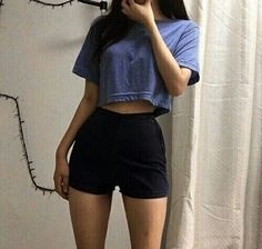 Something simple simple outfit summer outfit blue high waisted shorts crop top fashion inspo casual Mode Outfits, Korean Outfits, Fashion Outfits, Fashion Tips, Fashion Quiz, Fashion Clothes, Fashion Boots, Fashion Ideas, Fashion Trends