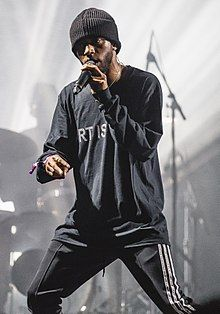 6lack Net Worth - How Wealthy is the Rapper Now?  #6lack #networth http://gazettereview.com/2017/09/6lack-net-worth-wealthy-rapper-now/