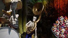 Dia de los Muertos: Calaveras de Papel Mache