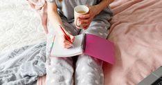 Klar, am Wochenende willst du entspannen und am liebsten gar nichts tun. Es gibt aber ein paar Kleinigkeiten, für die es sich wirklich lohnt, den inneren Schweinehund zu überwinden... Affirmation, Lifehacks, Routine, Household, Home Appliances, Happy, Inspiration, Organization, Life Tips