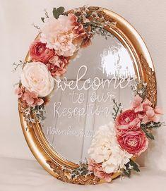 ソストレーネグレーネ Floral Wreath, Wreaths, Mirror, Wedding Planners, Home Decor, Floral Crown, Decoration Home, Door Wreaths, Room Decor