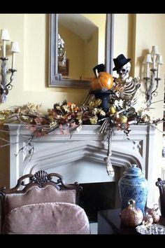Halloween Nell Hill's